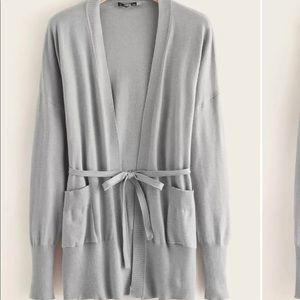 ❄️Light Grey Cardigan with Belt